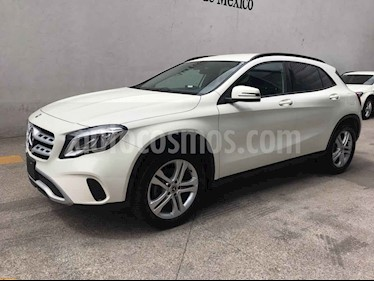 Mercedes Benz Clase GLA 5p GLA 200 L4/1.6 Man usado (2018) color Blanco precio $380,000