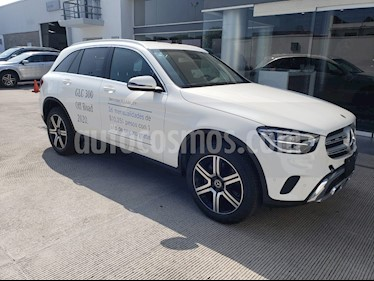 Mercedes Benz Clase GLC 300 4MATIC Off Road usado (2020) color Blanco precio $867,900
