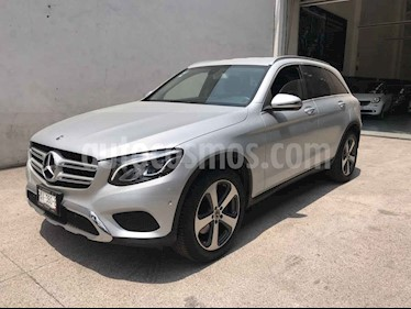 Mercedes Benz Clase GLC Version usado (2018) color Plata precio $535,000