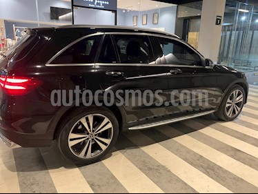 Mercedes Benz Clase GLC 300 4MATIC Sport usado (2018) color Negro precio $570,000
