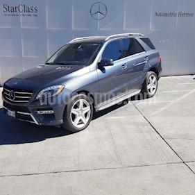 Foto venta Auto usado Mercedes Benz Clase M ML 400 CGI Sport AMG (2015) color Gris precio $519,900