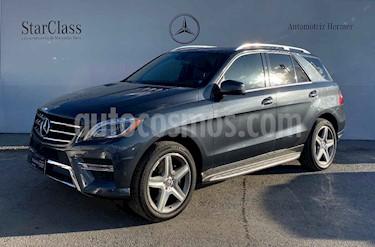 Mercedes Benz Clase M 5p ML 400 Sport AMG V6/3.0 Aut usado (2015) color Gris precio $474,900