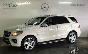 Mercedes Benz Clase M ML 350 Sport AMG Paq Confort usado (2012) color Blanco precio $329,000