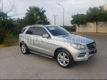 foto Mercedes Benz Clase M ML 350 CGI usado (2013) color Plata precio $354,000