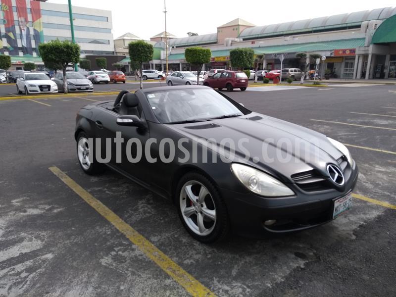Mercedes Benz Clase SLK 200 K Aut usado (2006) color Negro precio $209,000