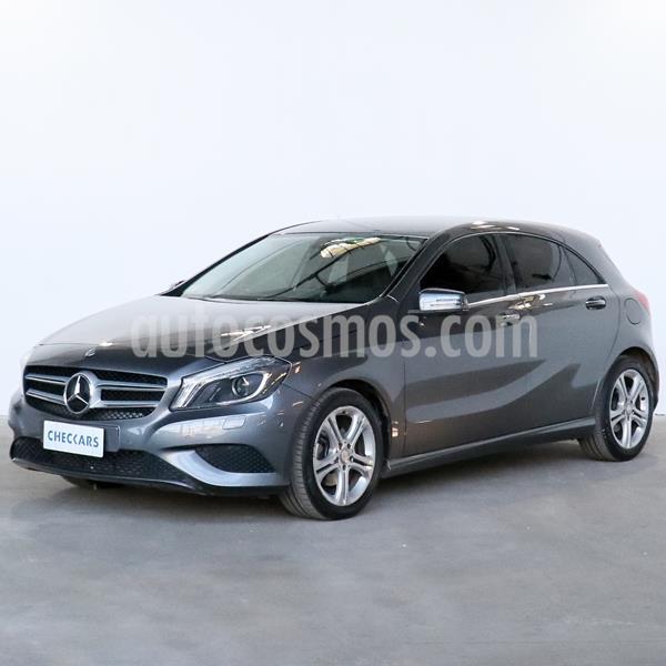 Mercedes Clase A 200 Urban Aut usado (2014) color Gris Montana precio $2.867.000