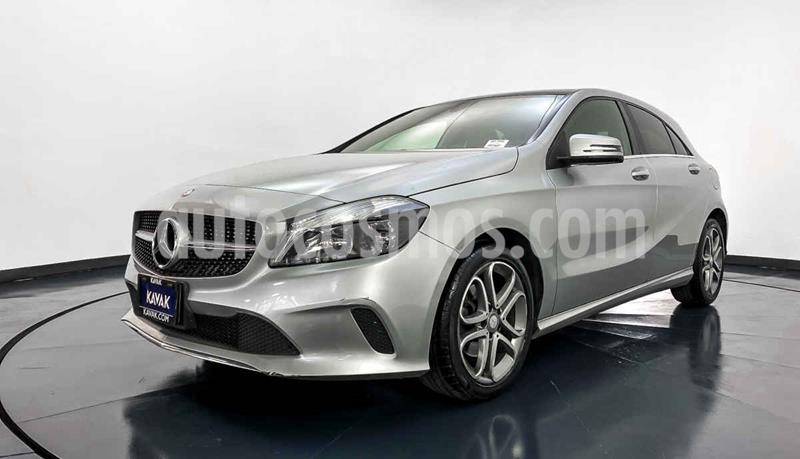 Mercedes Clase A Version usado (2017) color Plata precio $312,999