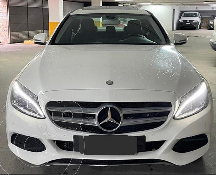 Foto Mercedes Clase C C250 Avantgarde Aut usado (2017) color Blanco precio u$s29.500