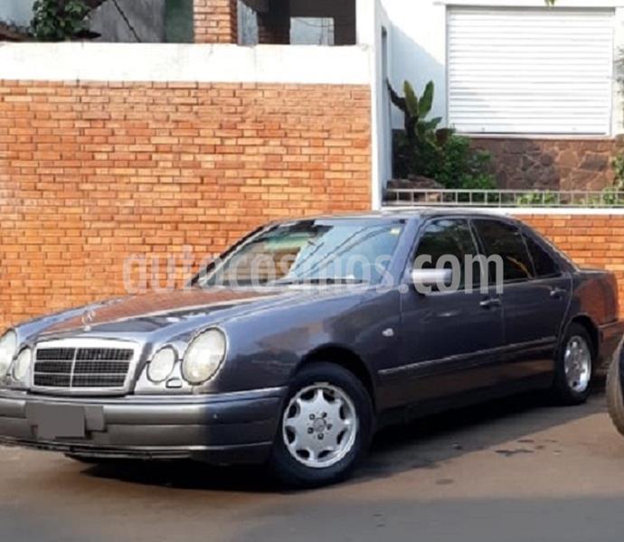Mercedes Clase C C220 CDI Avantgarde Aut usado (2010) color Gris precio u$s13.000