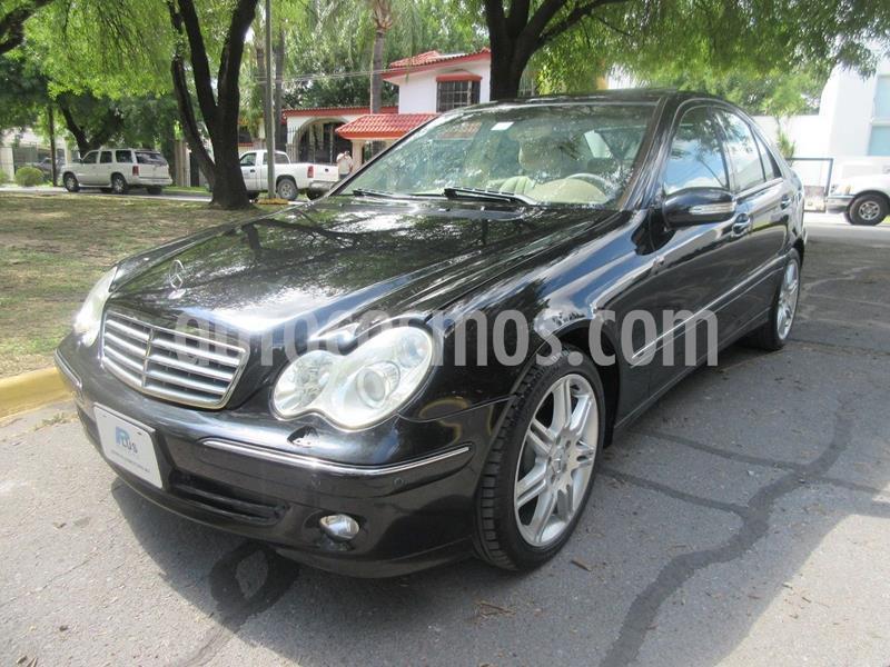 Mercedes Clase C 320 Elegance V6 Aut usado (2005) color Negro precio $120,000