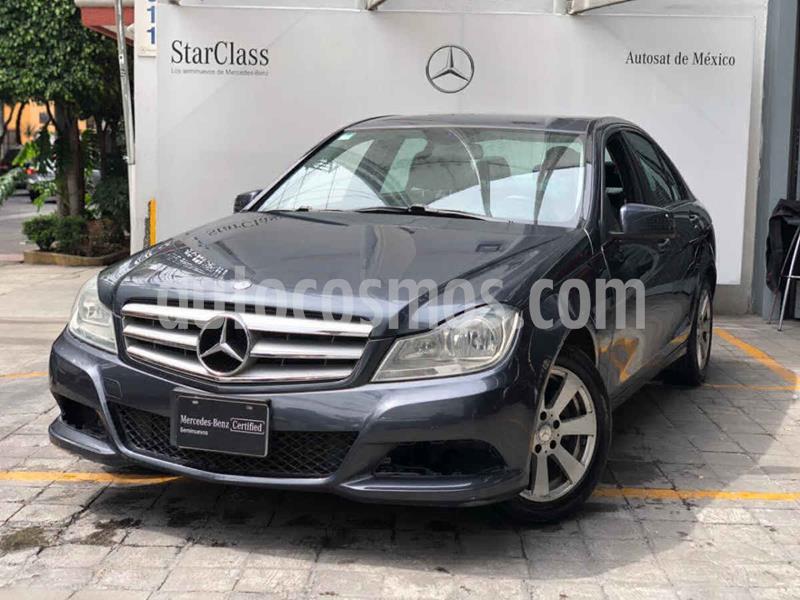 Mercedes Clase C 180 CGI Aut usado (2013) color Gris precio $210,000