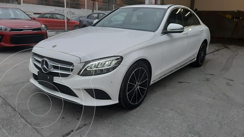 Foto Mercedes Clase C 200 CGI Sport usado (2019) color Blanco precio $600,000