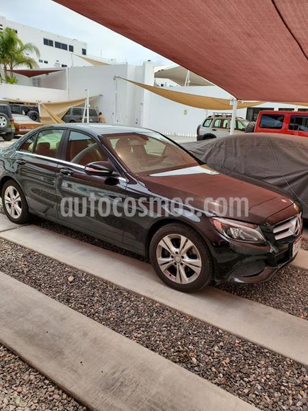 Mercedes Clase C 200 Aut usado (2015) color Negro Magnetita precio $290,000