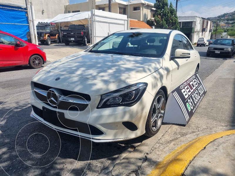 Foto Mercedes Clase CLA 200 CGI Sport usado (2018) color Blanco precio $468,000