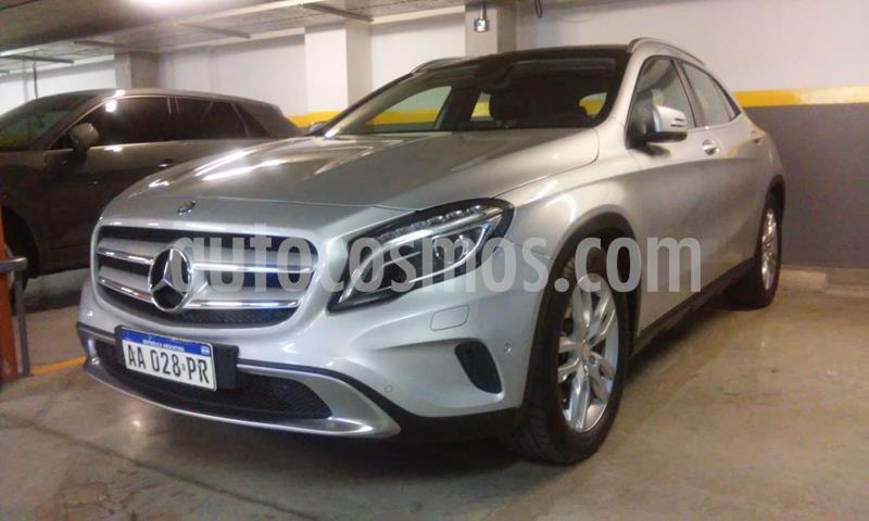 Mercedes Clase GLA 250 Urban 4Matic usado (2016) color Plata Polar precio u$s30.000