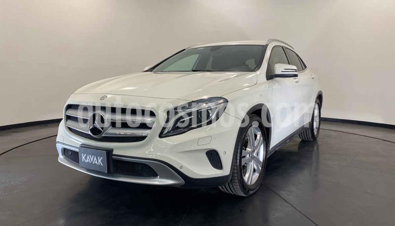 Mercedes Clase GLA 200 CGI Sport Aut usado (2015) color Blanco precio $312,999