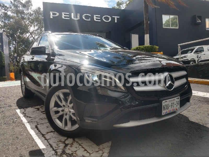 Mercedes Clase GLA 180 CGI usado (2017) color Negro precio $338,900