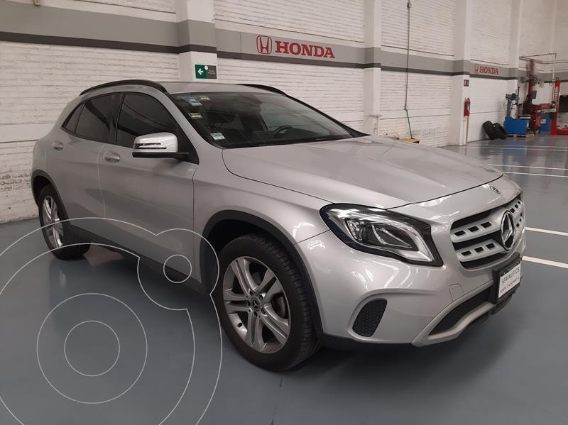 Foto Mercedes Clase GLA 200 Aut usado (2018) color Plata Dorado precio $417,000