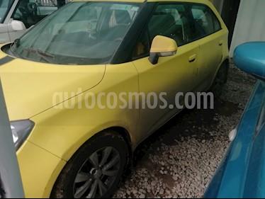 MG 3 1.5L Std  usado (2013) color Amarillo precio $3.700.000