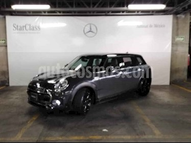 MINI Cooper Clubman S Hot Chili Aut usado (2016) color Gris precio $369,000