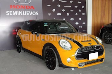 foto MINI Cooper S 3p S Hot Chili L4/2.0/T Aut usado (2018) color Naranja precio $435,000