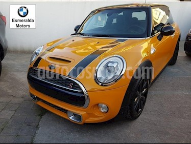 Foto venta Auto Seminuevo MINI Cooper S Hot Chili Aut (2017) color Amarillo precio $375,000