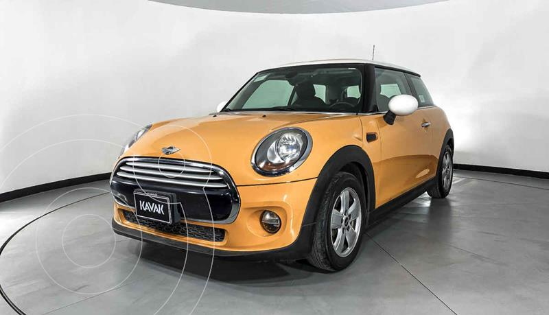 MINI Cooper Version usado (2015) color Amarillo precio $224,999
