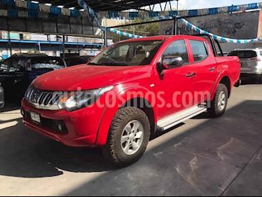Mitsubishi L200 4x2 2.4L Cabina Doble usado (2016) color Rojo precio $270,000