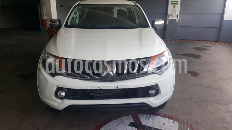 Mitsubishi L200 4x2 2.4L Cabina Doble usado (2018) color Blanco precio $270,000