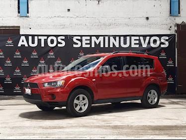 Mitsubishi Motors Outlander 2.4L LS usado (2011) color Rojo precio $120,000