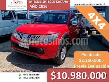 Mitsubishi Motors L-200 2.4L Katana CRT 4X4 usado (2016) color Rojo precio $10.980.000