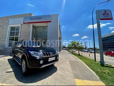 Mitsubishi L200 Sport 4x4 2.5 Sport HPE CD usado (2018) color Negro precio $1.990.000