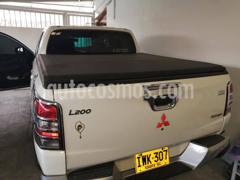 Mitsubishi L200 Sportero 2.5L  usado (2016) color Blanco Perla precio $85.000.000