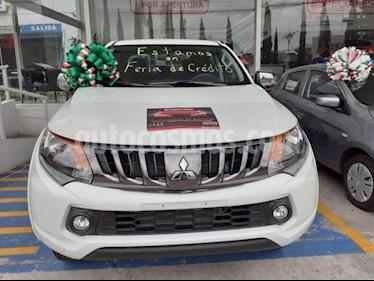 Foto venta Auto usado Mitsubishi L200 4x2 2.4L Cabina Doble (2019) color Blanco precio $346,720