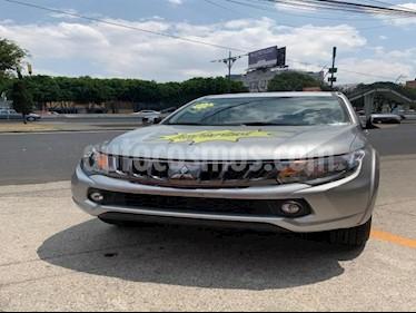 Foto venta Auto usado Mitsubishi L200 4x2 2.4L Cabina Doble (2019) color Plata precio $365,000