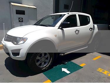 Foto venta Auto usado Mitsubishi L200 4x2 2.4L Cabina Doble (2015) color Blanco precio $279,000