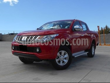 Foto venta Auto Seminuevo Mitsubishi L200 4x2 2.5L DI-D Cabina Doble (2016) color Rojo precio $275,000