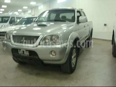 Foto venta Auto usado Mitsubishi L200 4x4 2.5 DI-D CD Aut (2008) color Gris Claro precio $440.000