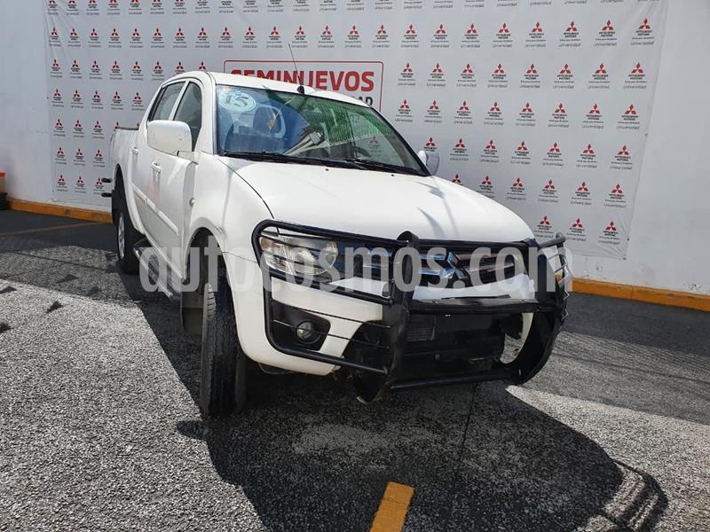 Mitsubishi L200 GLS 4x4 Diesel usado (2015) color Blanco precio $240,000