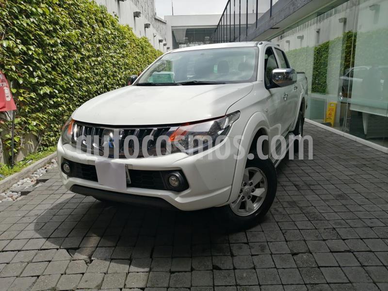 Mitsubishi L200 4x2 2.4L Cabina Doble usado (2018) color Blanco precio $280,000