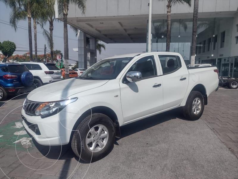 Foto Mitsubishi L200 GLS 4x4 Diesel usado (2019) color Blanco precio $405,000
