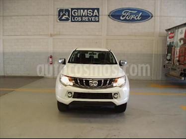 Mitsubishi Motors L200 GLS GASOLINA DOBLE CABINA 4X2 usado (2017) color Blanco precio $248,000