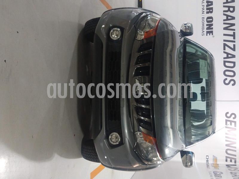 Mitsubishi L200 4x2 2.4L Cabina Doble usado (2018) color Titanio precio $295,000