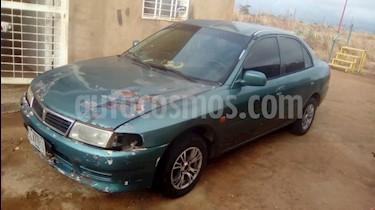 Foto venta carro usado Mitsubishi Lancer Glx L4,1.5i,12v A 1 1 (1999) color Verde precio u$s900