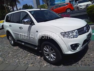 Foto venta Auto Seminuevo Mitsubishi Montero Sport 3.5L (2015) color Blanco precio $275,000