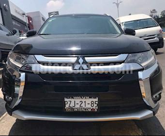 Foto venta Auto usado Mitsubishi Montero Limited (2017) color Negro precio $379,000