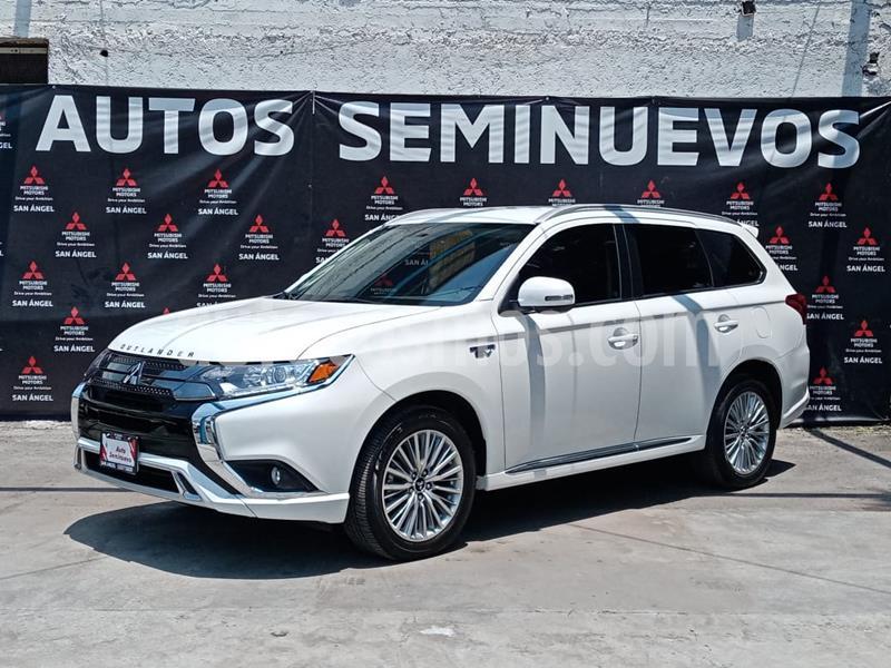 Foto Mitsubishi Outlander PHEV Limited usado (2019) color Blanco Perla precio $695,000