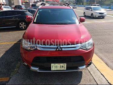 Foto venta Auto Seminuevo Mitsubishi Outlander 2.4L Limited (2015) color Rojo precio $299,000