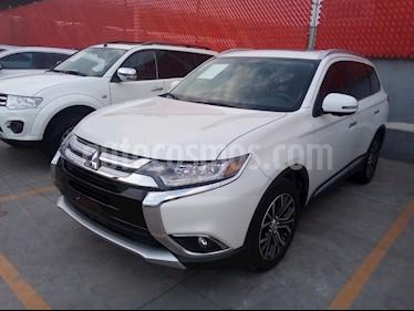 Foto venta Auto usado Mitsubishi Outlander 2.4L Limited (2018) color Blanco precio $409,000