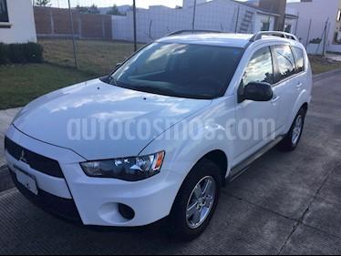 Foto venta Auto usado Mitsubishi Outlander 2.4L LS (2010) color Blanco precio $145,000